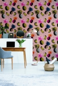 Premium wallpaper Flying objects Pink