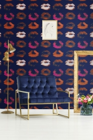 Premium wallpaper Neon kiss Indigo