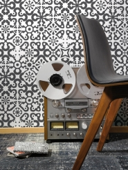 LAVMI wallpaper Enter black geometric figures