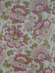 vintage floral wallpaper pink green