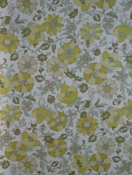 vintage floral wallpaper green white
