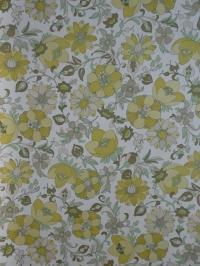 vintage floral wallpaper green white